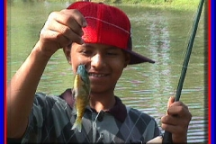 kid_bass_fishing_2004
